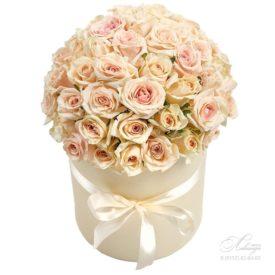 Коробка «Кремовые розы» №2